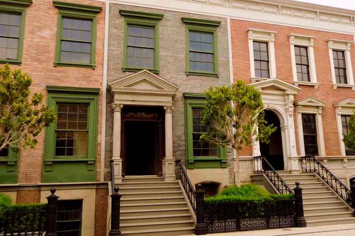 "Melissa's Philadelphia apartment in ""Pretty Little Liars"" at Warner Bros. Studio"
