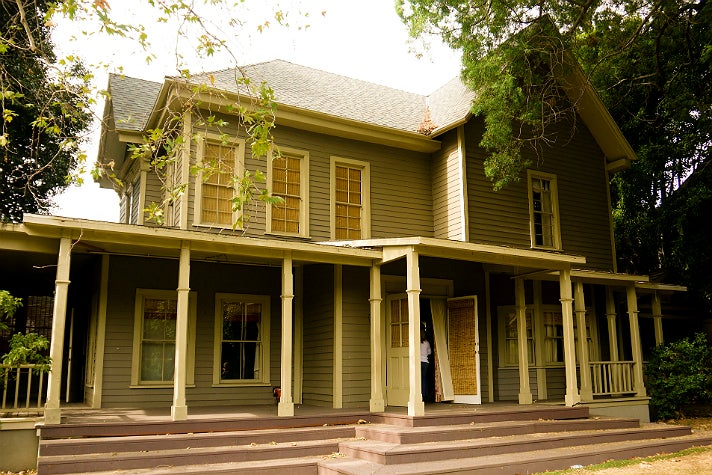 "Spencer Hastings' house in ""Pretty Little Liars"" at Warner Bros. Studio"